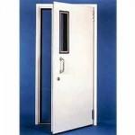 דלת אקוסטית לבנה בעיצוב מושלם