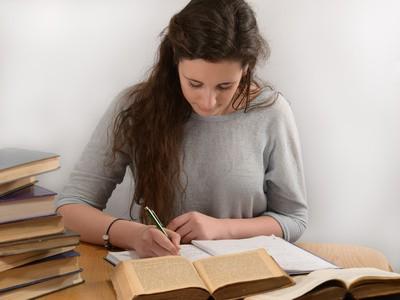 כתיבת עבודה אקדמית